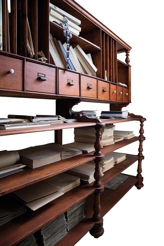 Arti applicate arredamento ceramiche ornamenti arte mobile casellario auction design - Aste arredamento casa ...